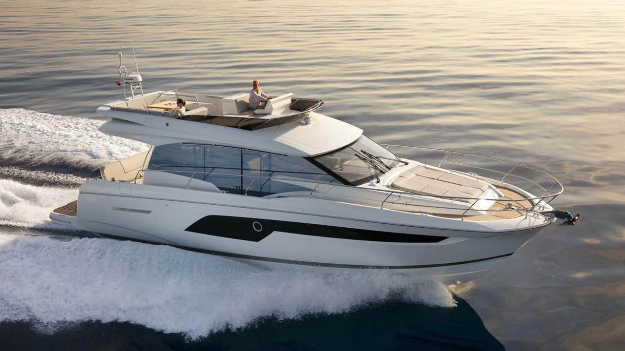 Prestige 520 Yacht Brighton Marina